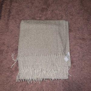 AE Cozy Blanket Scarf